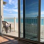 Sun Tower Hotel & Suites resmi