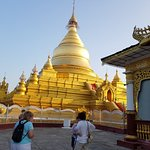 Photo of Kuthodaw Pagoda & the World's Largest Book
