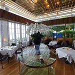 Spago Dining Room by Wolfgang Puckの写真