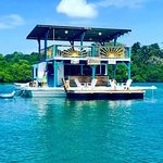 Such an incredible and unique experience being on a floating bar in the Caribbean!