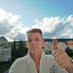 """Selfi auf """"meinem Balkon"""" mit Blick auf den Goetheplatz"""