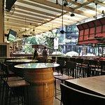 Barcino Wine Resto Bar resmi