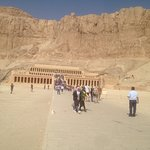 Luxor highlights tour luxor travels