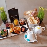 Le Petit Dejeuner à l'Hotel MOKCA