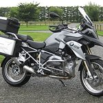 BMW R1200GS, the ultimate touring motorcycle with all the extras, yummy.