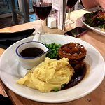 Looks ok but turned out to be rather disappointing pie and mash