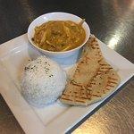 Chicken Korma, Rice & Nann