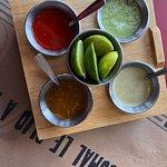Nuestras 4 salsas principales.....hasta habanera tenemos