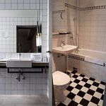 Bathroom were booked (right hand side). Bathroom we got (left hand side)