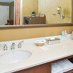 Vanity, section 2 standard room