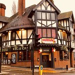 We are located in the prime location of croydon, one of the most well known pub in the area.