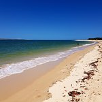 Inskip Peninsula Recreation Area: Rainbow beach 2