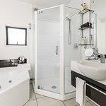 Bathroom in 1 bedroom apartment