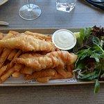 Mandoon Estate Fish and Chips~01_large.jpg