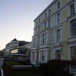 캐 모어 호텔