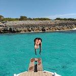 Photo de Menorca en Barco