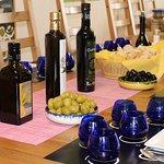 Photo de Olive Oil Tour