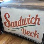 Sandwich Deck resmi