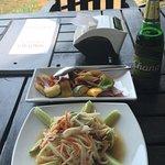 ภาพถ่ายของ ร้านอาหาร เทเบิลเทลส์ เกาะหมาก