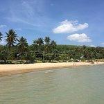 Foto The Village Coconut Island Beach Resort