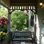 A small verandah in the front entrance area