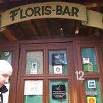 Φωτογραφία: Floris Bar