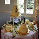 The Beautiful water fountain cake in the reception room.