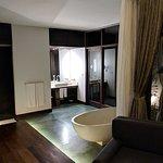 Foto de Heritage Suites Hotel