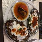 Le plat (deuner et aubergine farçie)