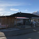 Cafe Sia & Siaway (Takeaway) basking in the sun on another glorious Skye day!