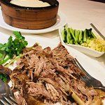 Beijing aromatic crispy duck with pancakes & dressing