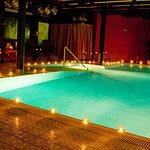 Wellnessbereich - Schwimmbad - Romantik Angebote - Hotel Orbtal