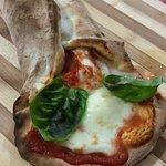 IL VULCANO BUONO pizzeria napoletana bisteccheria Photo