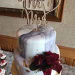 Marbled wedding cake at How Sweet it Is cakes