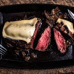 Steak grésillant au brie