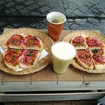 Photo de Sabores - Local Food