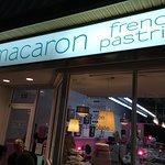 Photo de Le Macaron French Pastries