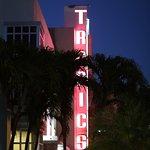 Tropics Hotel & Hostel Foto