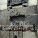 Fotografie: Národní památník hrdinů Heydrichiády
