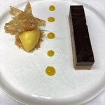 dark chocolate & peanut bar, kalamansi sorbet, peanut brittle