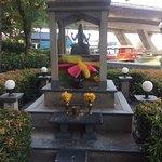 The buddha in our hotel Shangrila near the Taxin bridge
