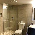 NEWLY RENOVATED - Hobson Cabin Studio Suite Bathroom