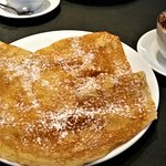 crepes with sugar and butter