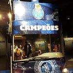 Bus en el museo