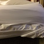 Fitted sheet too small for bed. Kept coming off