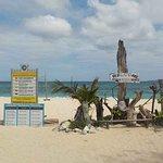 Foto de Yapak Beach (Puka Shell Beach)