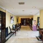 Photo de AVANI Hai Phong Harbour View Hotel