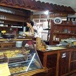 Foto van Tom's Pan German Bakery