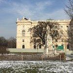 Burggarten - view towards the Mozart Monument