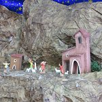 (Italian) animated figurine display